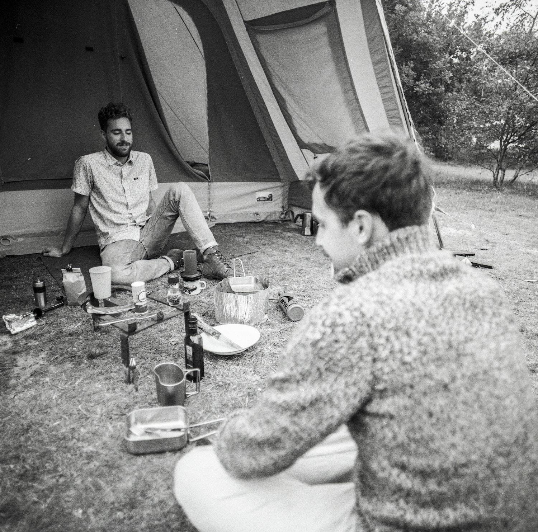 Koken bij de tent