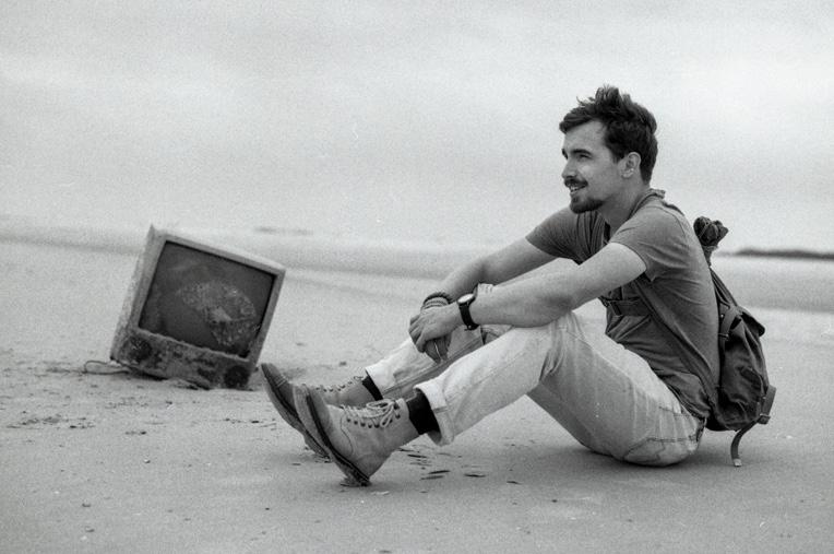 Thomas van Op Scherp op het strand